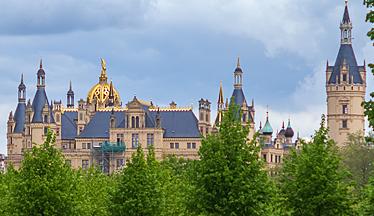 Symbolbild: Schweriner Schloss©Ezio Gutzemberg